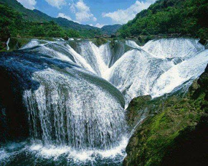 the-pearl-waterfall-china